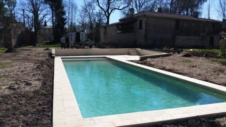 Construction piscine bordeaux piscine debordement for Constructeur piscine landes